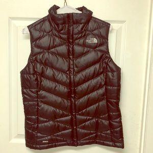 NWOT, Women's North Face Vest